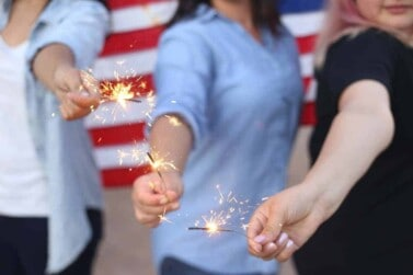How to Throw a Savvy 4th of July Party Everyone Will Rave About