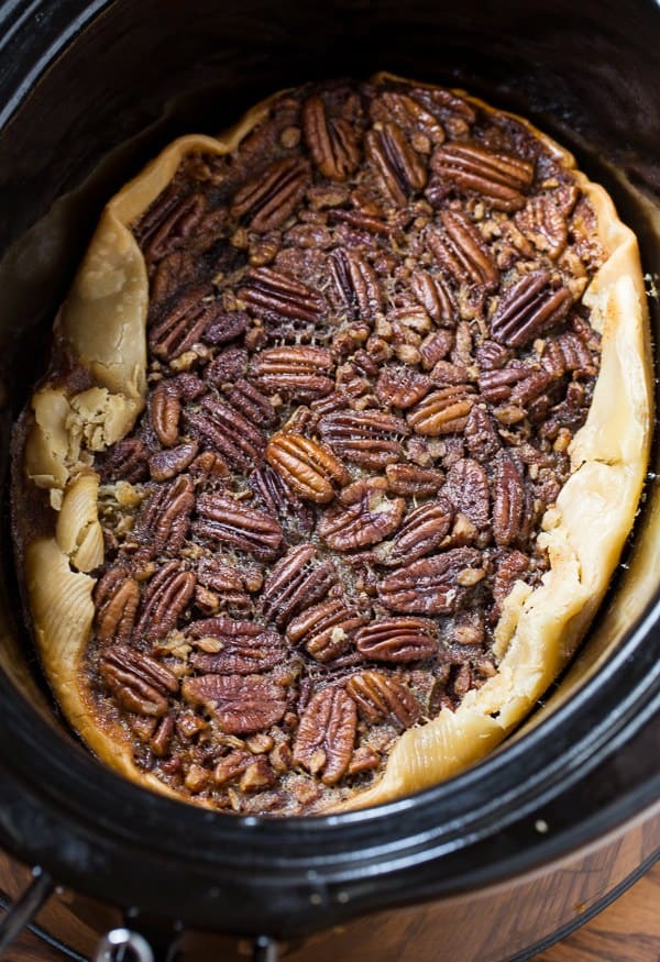 I am so glad I found this AMAZING list of 10 simple and easy slow cooker dessert recipes. My mouth was literally watering looking at these desserts. I am using this list for all of my family dinners this year! Slow Cooker Dessert Recipes | Crockpot Dessert Recipes | Easy Slow Cooker Recipes |
