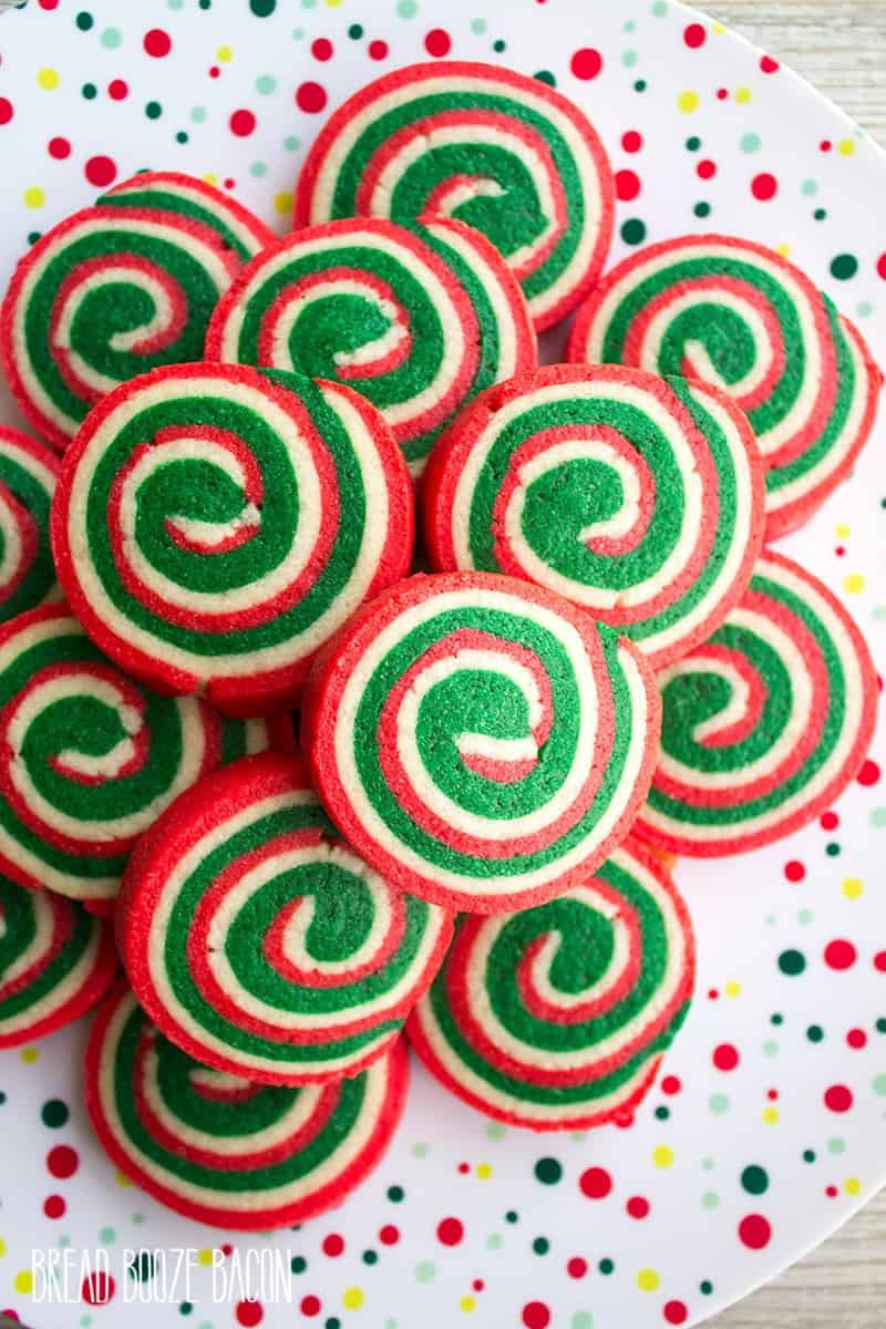 I am making these AMAZING #Christmas cookies for my cookie exchange this year. I have my family over every year to bake Christmas #cookies and this #list is perfect. This is a MUST pin to reference each and every Christmas season.
