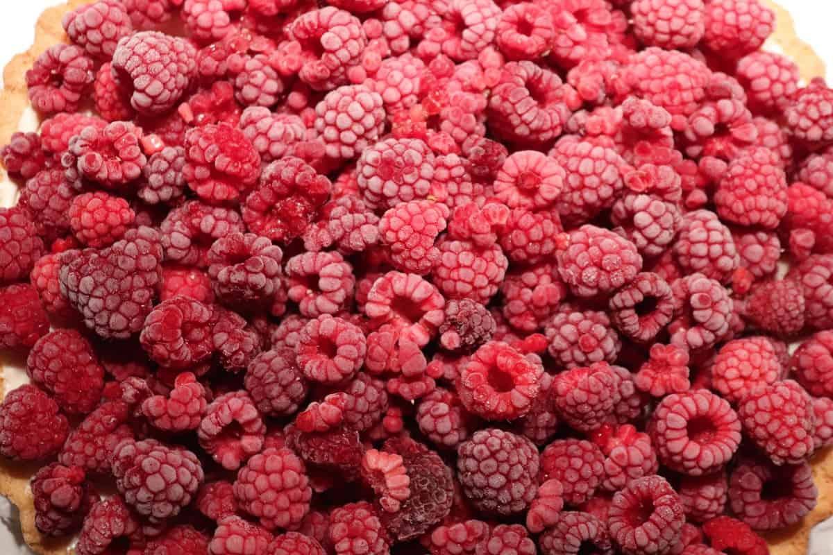 raspberries 2897386 1920