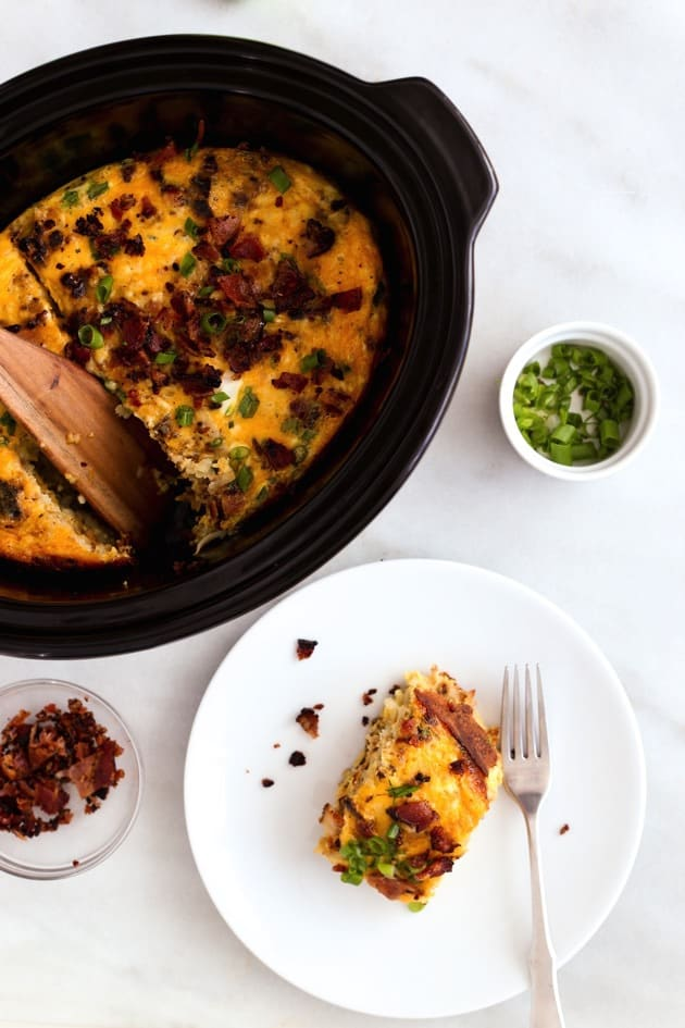 We LOVE breakfast for any meal in our house! I love how this list is all crockpot recipes, it doesn't get much easier to make! I can't wait to try these breakfast crockpot recipes. #Healthy #Eggs #FrenchToast