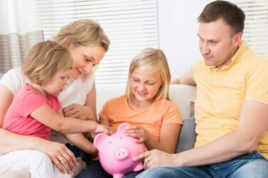 15 Easy Ways to Teach Kids About Money