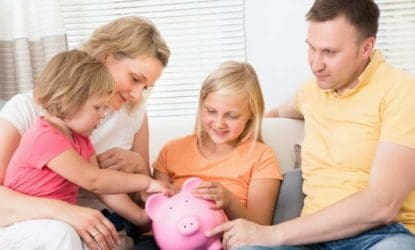 This article on teaching kids about money is AMAZING! Financial literacy is definitely one of the more important life lessons that we have to teach our children about. This article is a great resource about teaching kids money, how to earn it, how save it, investing it, and more! Must pin for later! #money #financialliteracy #kids #learning #chores #parents