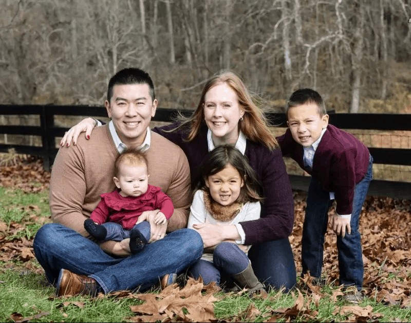 Jim Wang and his entire family