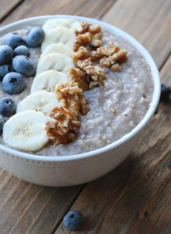 blueberry banana oatmeal and quinoa breakfast crockpot recipe