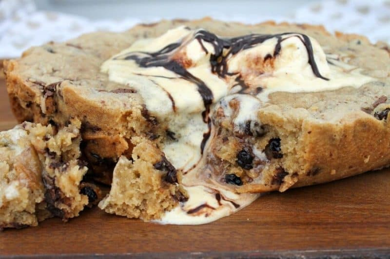 giant chocolate chip cookie slow cooker recipe