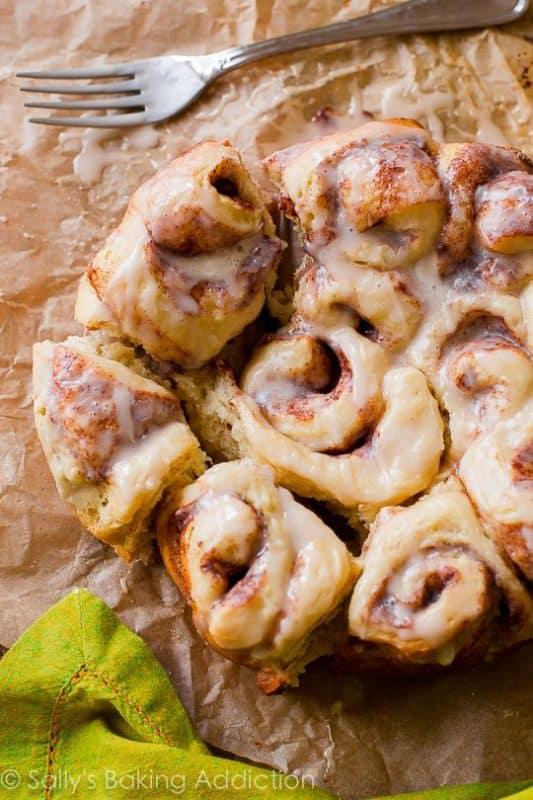 easy cinnamon rolls slow cooker desserts