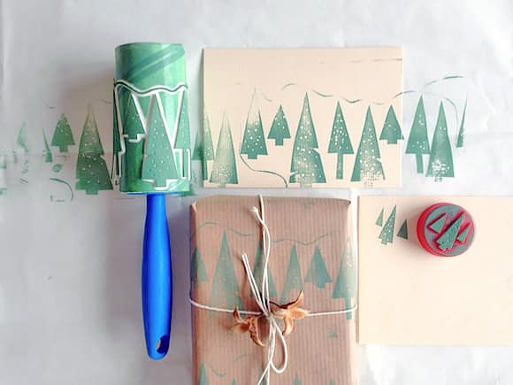 diy lint roller rolling stamp for unique gift wrapping ideas