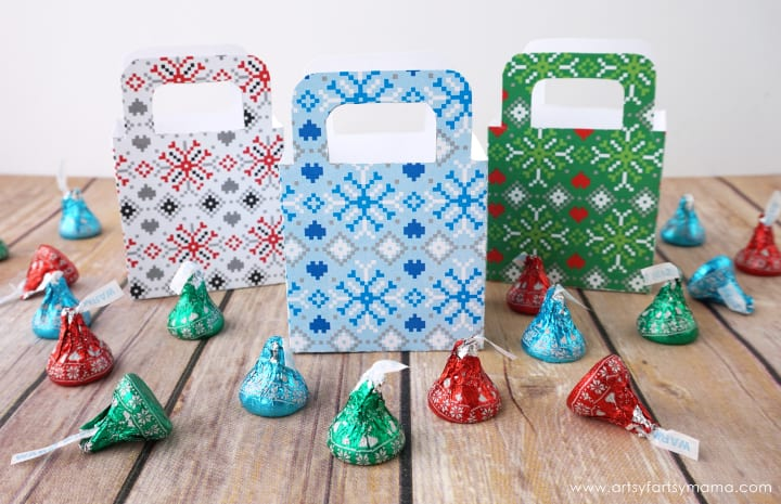 cheap christmas gifts / gift boxes with hersheys kisses candy