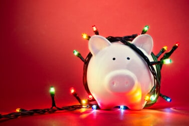 5 Genius Tips to Help You Manage Your Holiday Debt