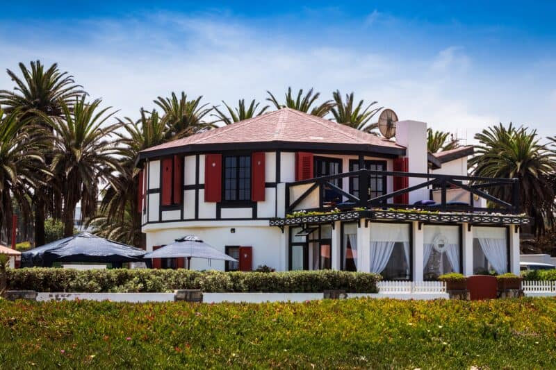 invest in vacation rental property as one of the best ways to invest money