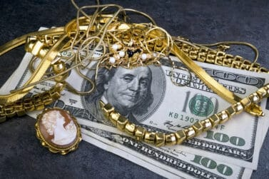 Where to sell jewelry Scrap gold jewelry is worth lots of money.